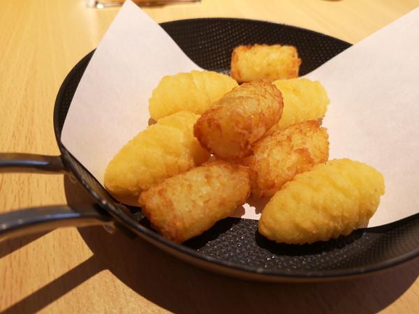フライドチキン&サンドイッチ Guts (ガッツ)のポムピン
