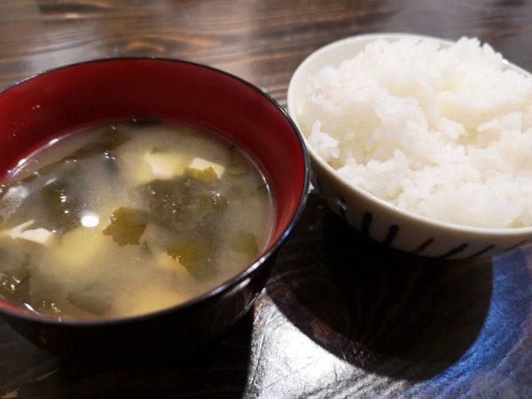 こIcchiのご飯と味噌汁
